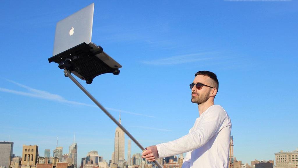 How Do MacBook Selfie Sticks Make You Feel? | So Bad So Good https://t.co/Z5cn5nVLNl https://t.co/ECuJiJfmbf