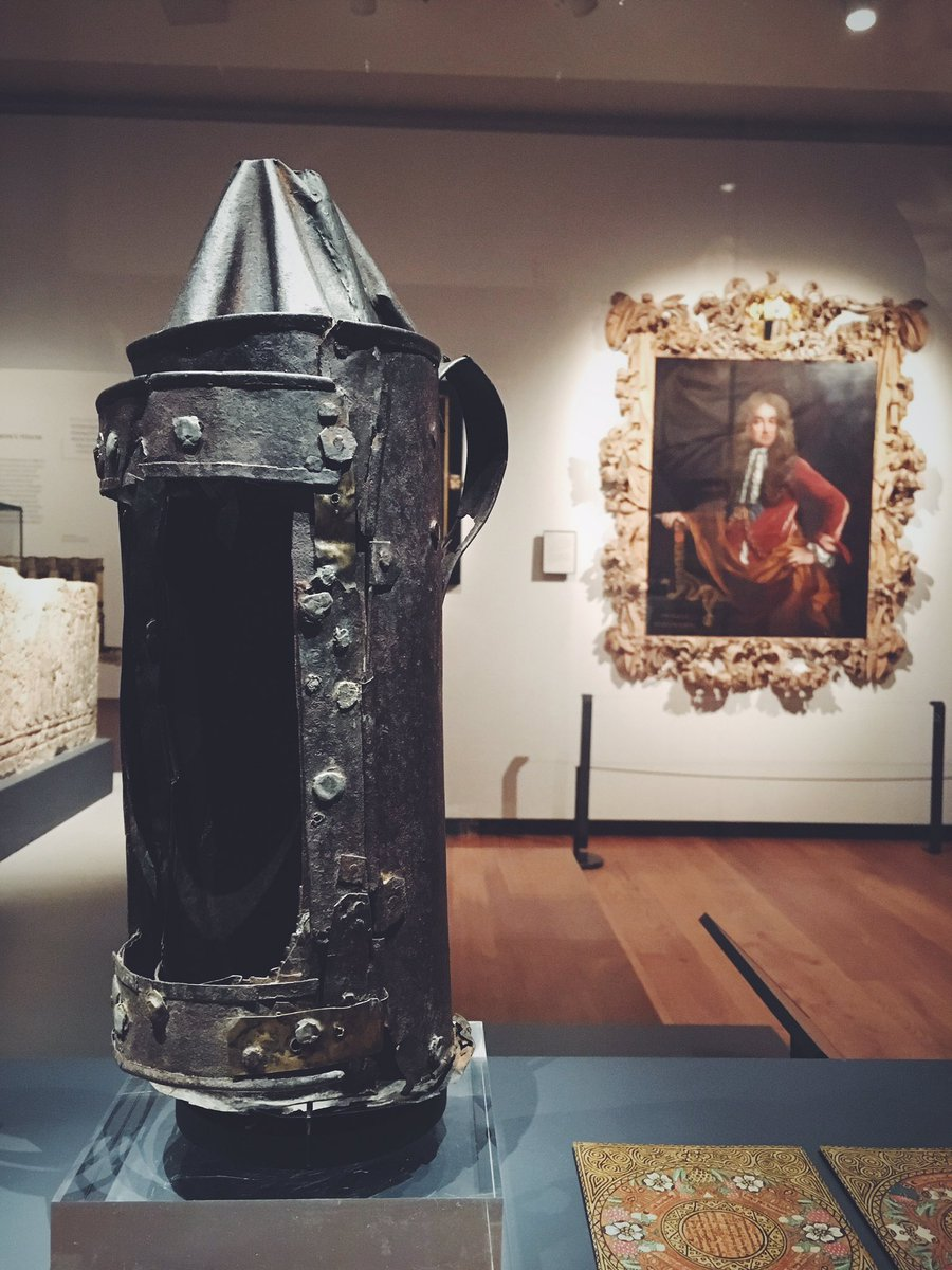 The lantern reputedly used by Guy Fawkes in the cellars that November day in the @AshmoleanMuseum. #VisitOxford https://t.co/iioJicVhyM
