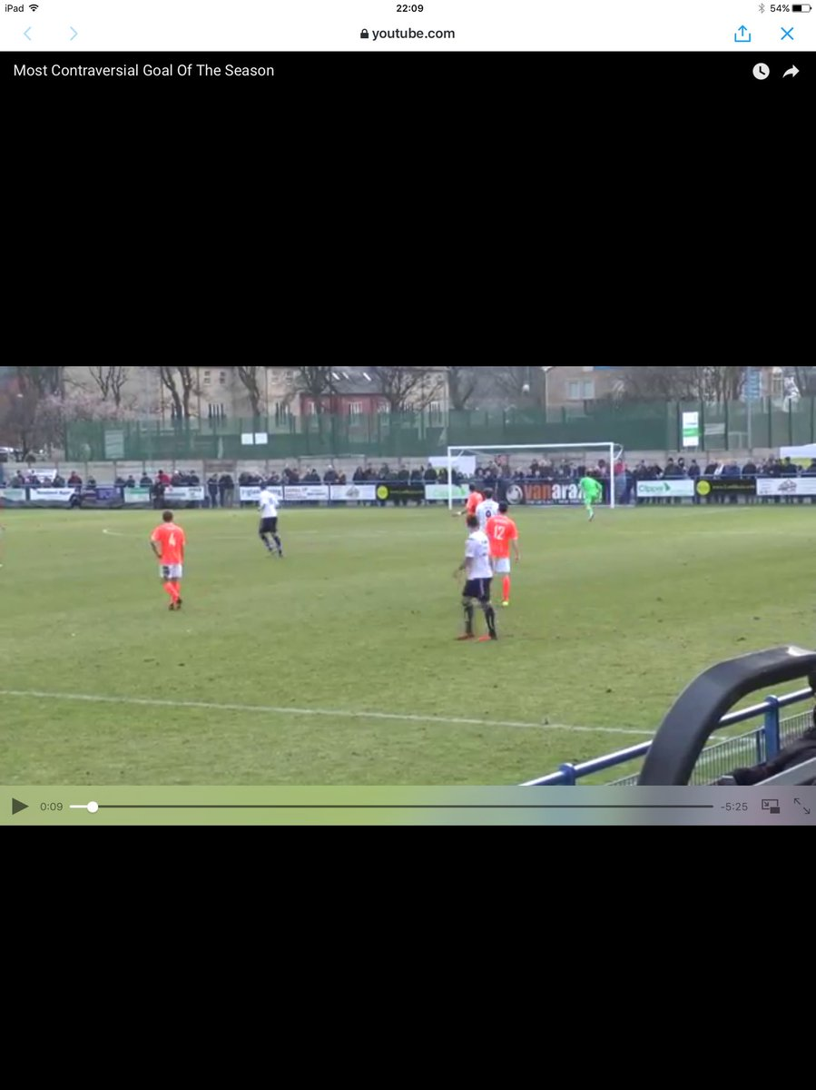 "@sportsturfman @GuiseleyAFC @audioBoom @braintreetownfc ""the goalkeeper should catch it'' wow what a statement"