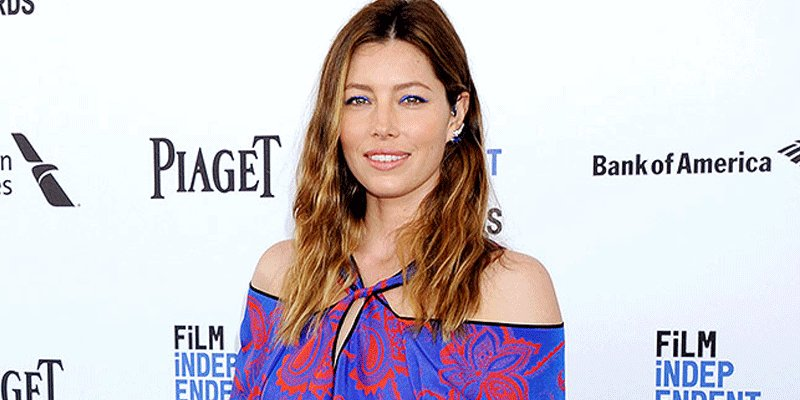 Jessica Biel makes a rare red carpet appearance at the SpiritAwards via @People_Style