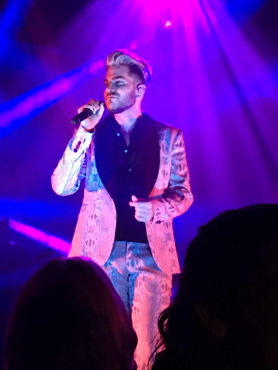 AC set #2 @adamlambert https://t.co/Jkbi7muTX7