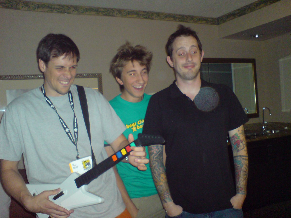 Too good to wait for #tbt. @GavinFree, @JoelHeyman, and @GeoffLRamsey at 2007 Comic-Con. Hotel room Guitar Hero. https://t.co/TXnQ34r5ct