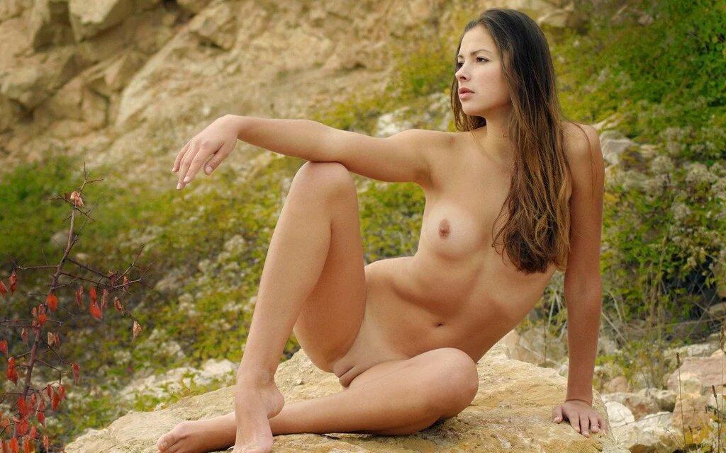 Фото голых девушек молодые модели