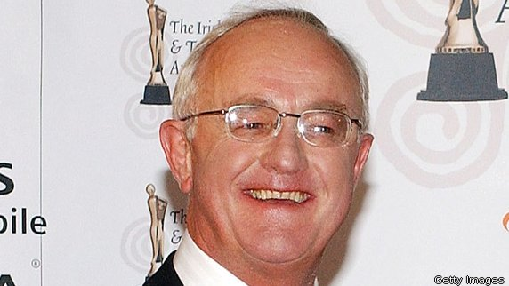 Actor Frank Kelly, who played Fr Jack in 'Father Ted', has died at the age of 77. https://t.co/pYZT8rcmRj