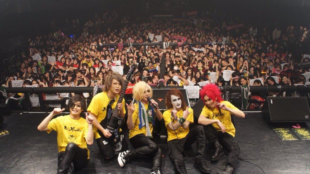 赤坂BLITZの素晴らしい写真\(⚫︎ω')/ https://t.co/JNEQcKWhYu