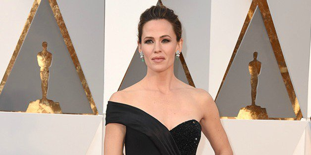 Jennifer Garner steps out at the Oscars after her candid interview about ex Ben Affleck: