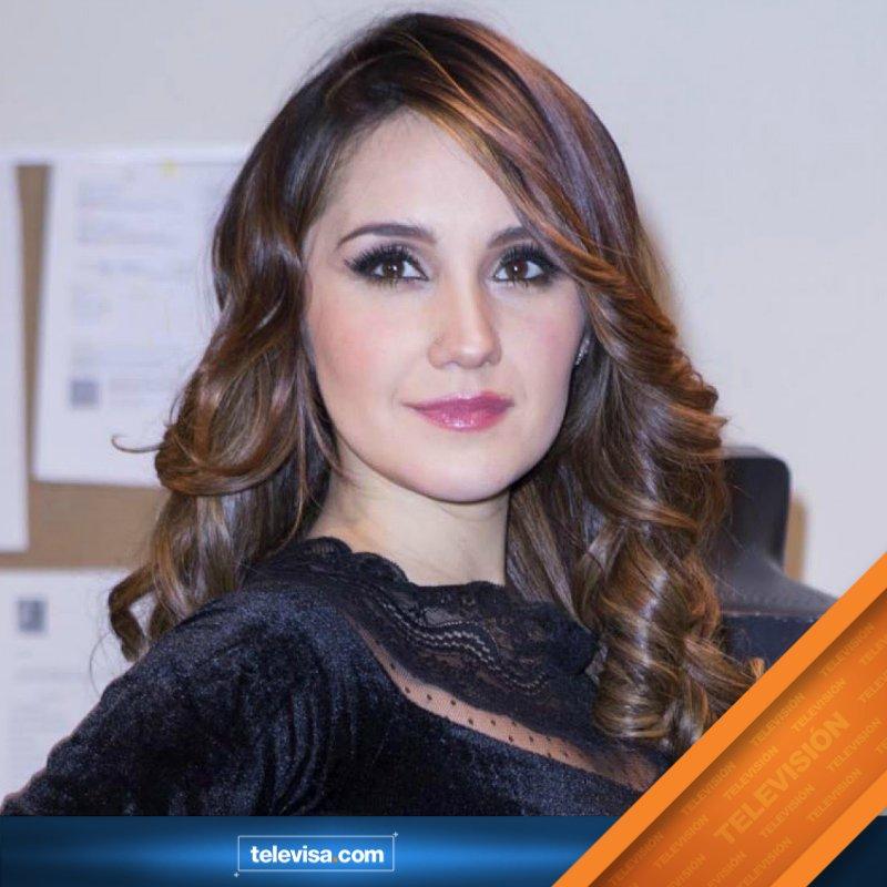 ".@DulceMaria compuso un tema para la telenovela @CorazonQMiente titulado ""Dejarte de amar"" https://t.co/ZLjayxQtdE https://t.co/rtsMgVVfqg"