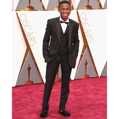 With the help of @AttahNii, we're giving 10k pairs of shoes to kids in need in his home country of Ghana. #Oscars https://t.co/HJWTdG8xru