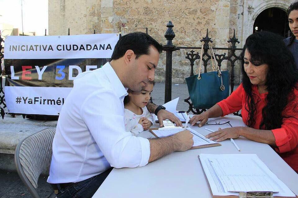 El alcalde de Mérida @MauVila firmó la iniciativa ciudadana que impulsa la #Ley3de3 contra la corrupción https://t.co/01l2F3Rm9X