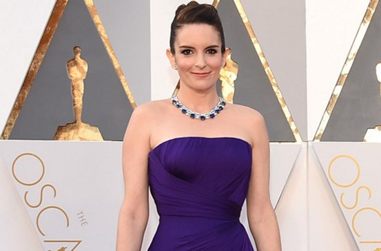 Can Oscars host Chris Rock ''fix the world'' tonight? Tina Fey says...
