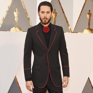 Why is Jared Leto cosplaying Seneca Crane from the Hunger Games at the Oscars? https://t.co/9VUxyxUTkW