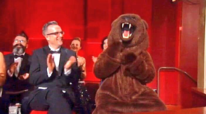 THAT BEAR, THOUGH! #TheRevenant #Oscars https://t.co/JVbMkFl3om