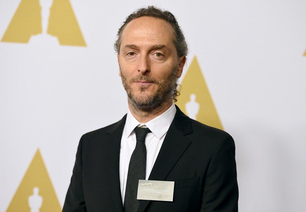 Oficialmente el mejor director de fotografía en el mundo. El mexicano Emmanuel Lubezki gana su tercer #Oscar https://t.co/akL1jmvsDS