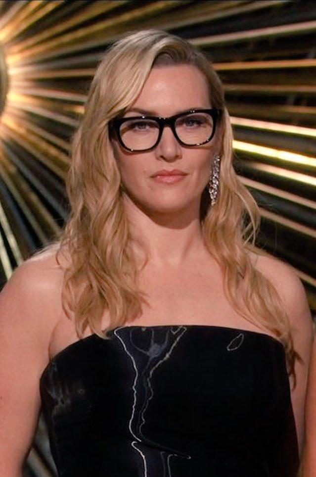 Like a boss. #Oscars https://t.co/sKlGHcgDYZ