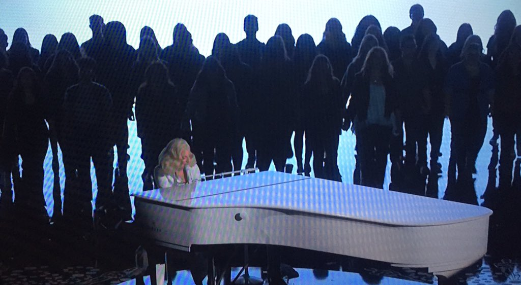 Thank you @ladygaga and the survivors who shared the stage. #Oscars #TilItHappensToYou @thehuntinground https://t.co/o6Y1tHhhuQ