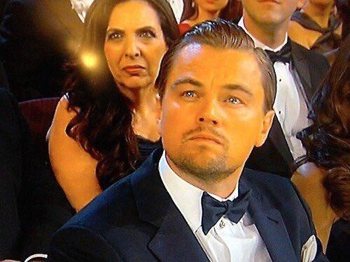 Quédate con quien te vea como Leo ve a todos los que ganan un Oscar... https://t.co/f1ZPboKVIX
