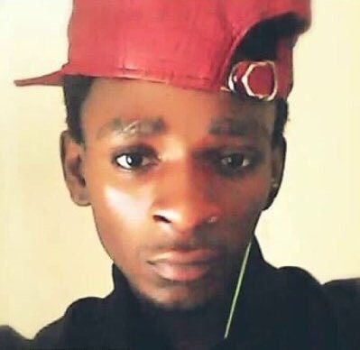 Kenyan teenager Abdi Mohamed shot 4 times by police in theUS https://t.co/SsacnJddm8 https://t.co/nhImqk8yia