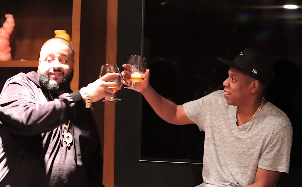 Mogul Talk: Congrats to @djkhaled on his new management deal with Jay Z & Roc Nation https://t.co/XaD6fIDx3l https://t.co/DFDtvWhMTU