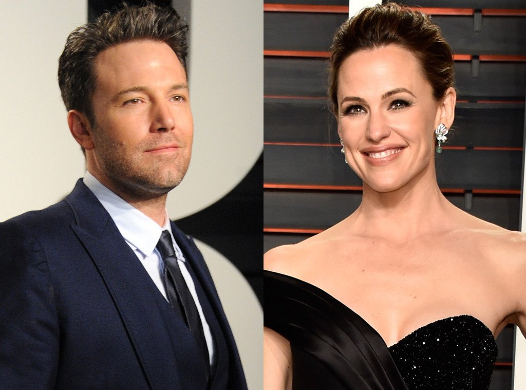 Exes Ben Affleck and Jennifer Garner were both at the Vanity Fair Oscars party-- details: