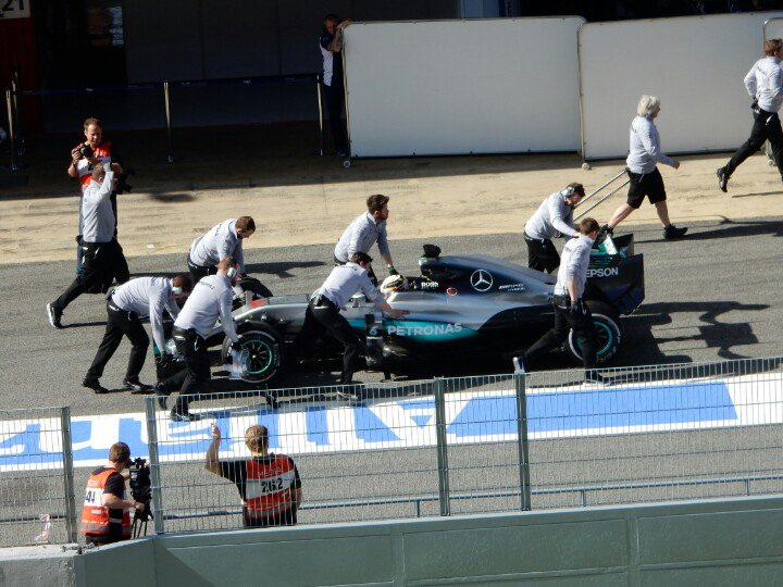 Merc done a thing but it wasn't the correct thing #F1 https://t.co/QZAoabr2Zj