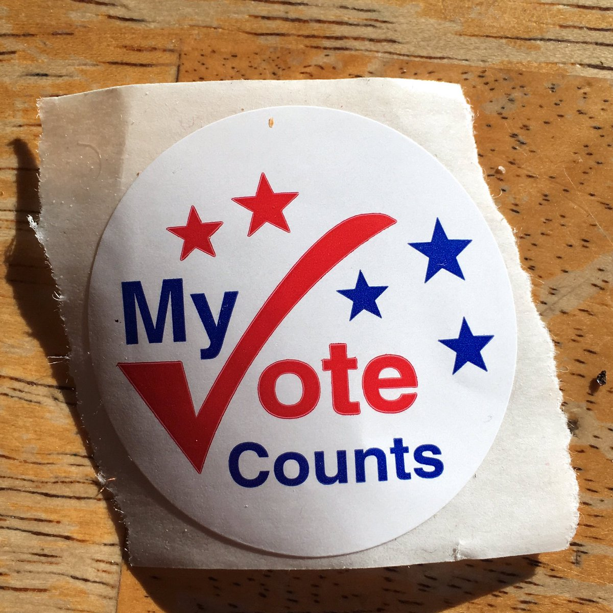Just voted in democrat primary ballot here in #massachusetts #feelthebern Democracy is NOT a spectator sport #mapoli https://t.co/EVTnfhUwHG