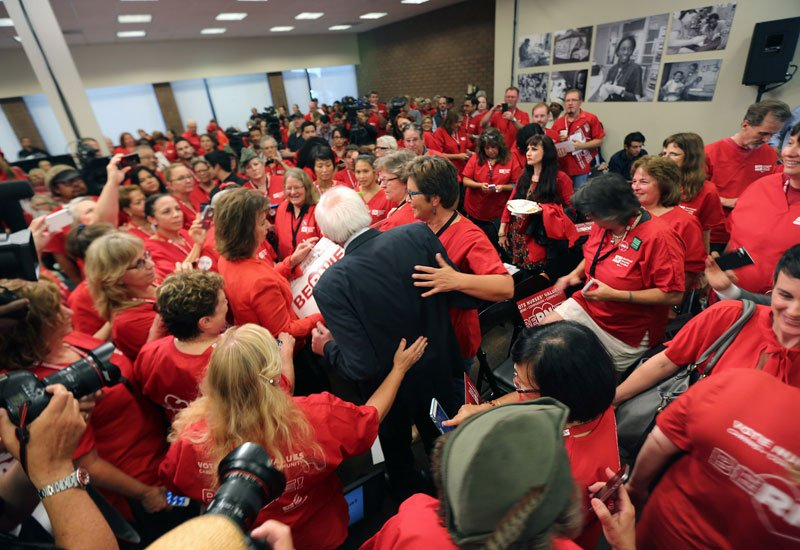 Nurses Favoring Medicare for All Fan Out for Sanders on #SuperTuesday https://t.co/pyoH072rll @NationalNurses https://t.co/CdejN1XyRR