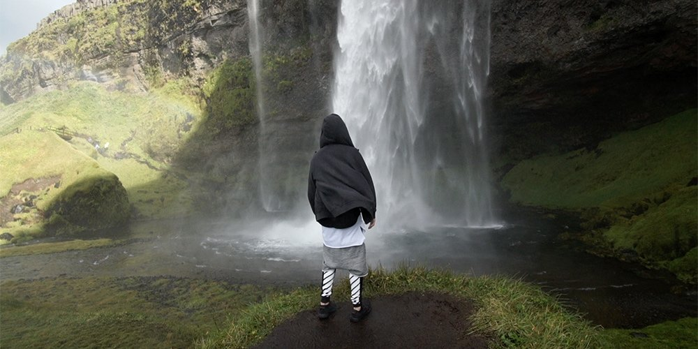 The time @JustinBieber, @RoryKramer made a musicvideo in #Iceland https://t.co/yXpcVbb6yx #HappyBirthdayJustinBieber https://t.co/EopoNdl5fr