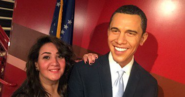 صورة للرئيس أوباما مع تمثال شمع للصحفية الشهيرة شيماء عبد المنعم، أول صحفية مصرية تغطي حفل جوائز الأوسكارز https://t.co/9kjLwdfmid