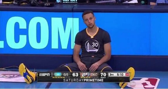 When you compliment one of her pics and she skips over you to respond to her friend https://t.co/vEYrGPEVF5