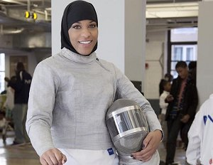 #WomensHistoryMonth Ibtihaj Muhammad Becomes First US Olympic Athlete to Compete in a Hijab https://t.co/sgxNWfmMmX https://t.co/LP10B9LkFL