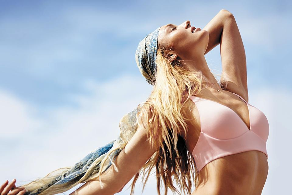 The Lounge Bra: made for going with the flow. #SpringFever https://t.co/78hvzV6SlY https://t.co/7yGepGO31f