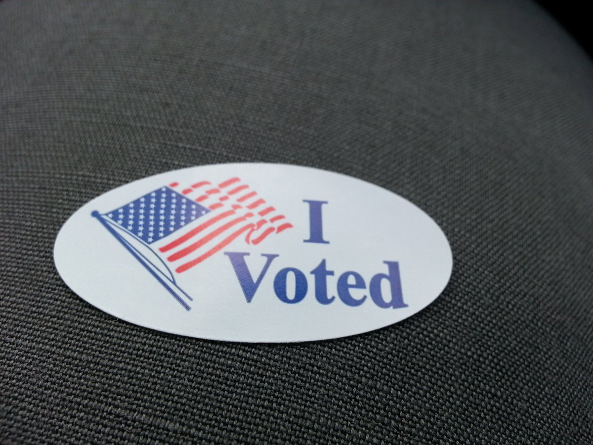 Witnessed a 90-year old Navy vet, literally just from the hospital, come to cast his ballot. #SuperTuesday https://t.co/ZbkHz8oCqc