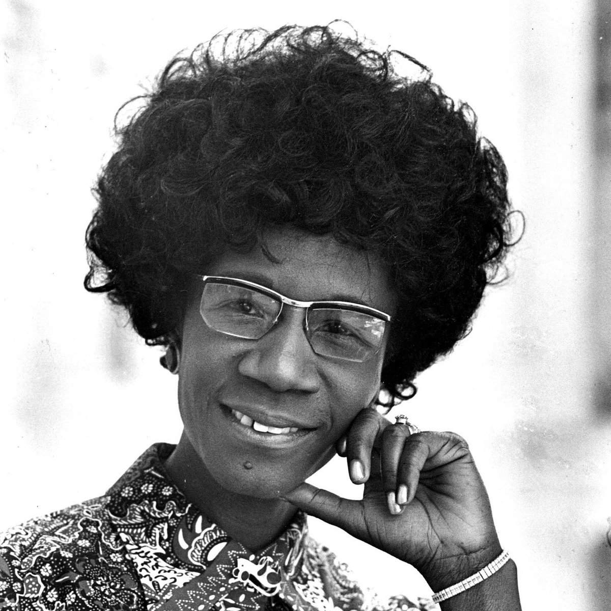 We honor the first African American woman elected to Congress and @OfficialCBC Co-Founder Shirley Chisholm #WHM2016 https://t.co/NfDE58ipc4