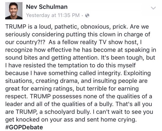 Wait... @NevSchulman just took @realDonaldTrump's toupée and threw it in the ocean... didn't even say sorry. https://t.co/FKqiUiboml