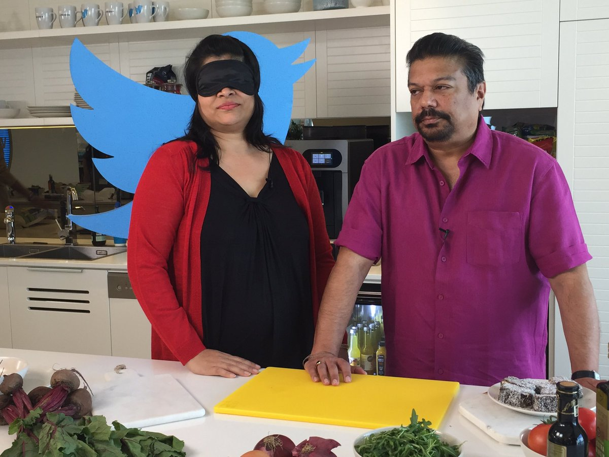 Madame @RushinaMG in a blind tasting with @virsanghvi at @TwitterAU https://t.co/PAdyjywwEj