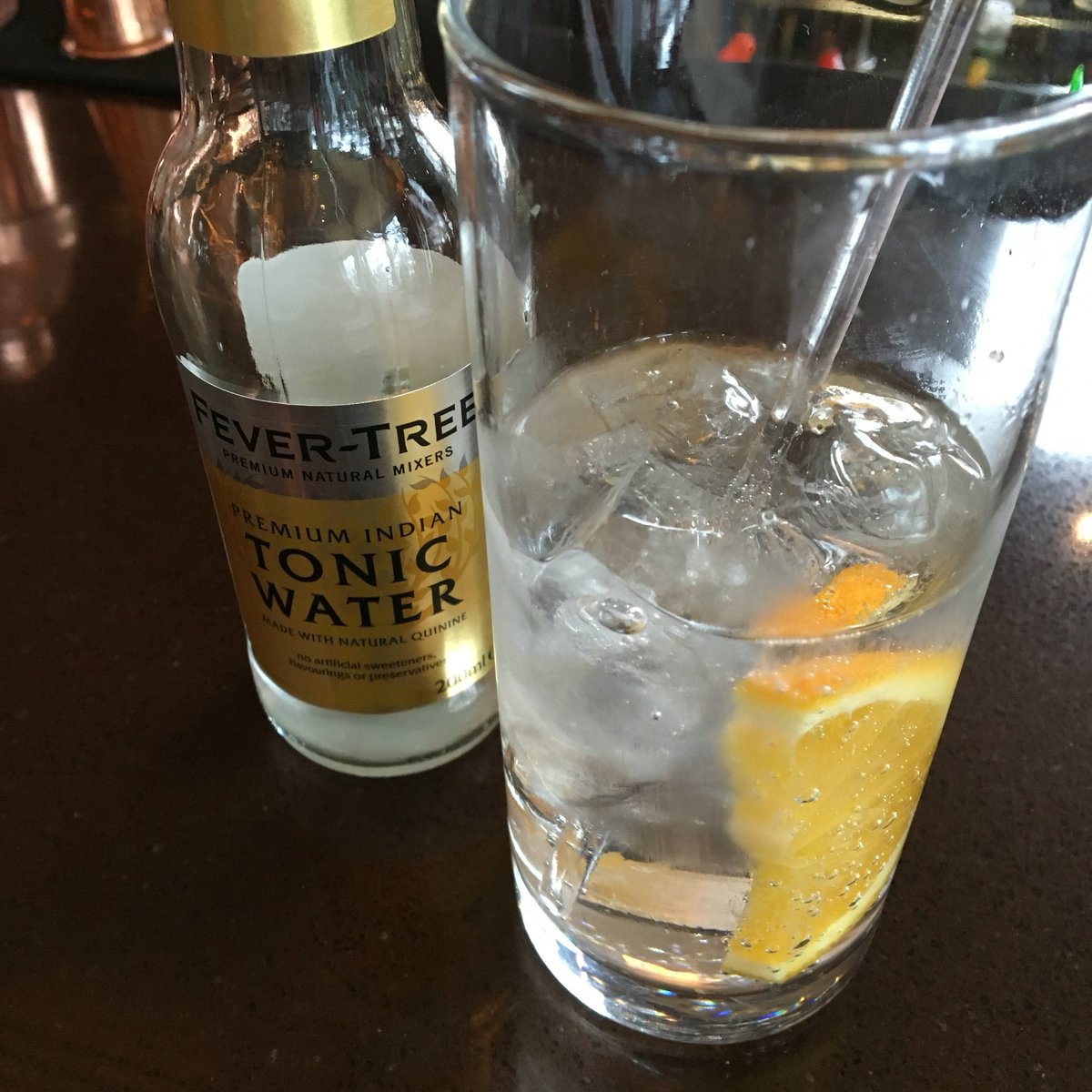 Proper lunch #cocktail when dining @jwsteakhouse: DD #Gin & @FeverTreeMixers Tonic #london https://t.co/X7DWAI85sI