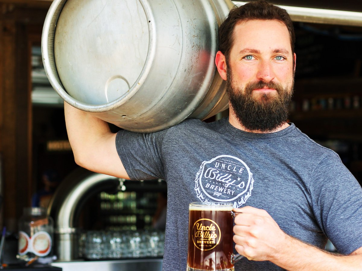 Tapping a cask of Lazy Day Lager with prickly pear, sour orange, & lemon zest for First Friday Firkin tomorrow at 5 https://t.co/77FPxV7kV2