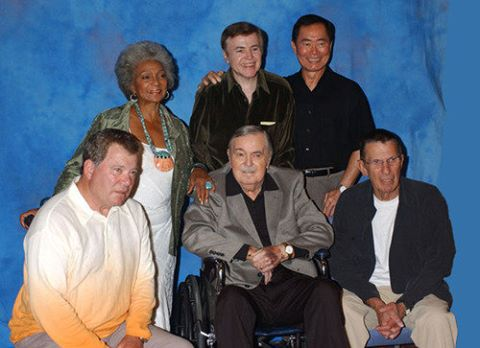 This was the last picture taken of all of them together! #startrek https://t.co/riexBdkqcG