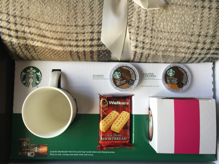 """Hello Cocoa!  @Starbucks """"Cozy Collection"""" you can #win one too!   #KCup #HotCocoa #IC #ad https://t.co/FT60RHPikg https://t.co/WwBaV50krl"""
