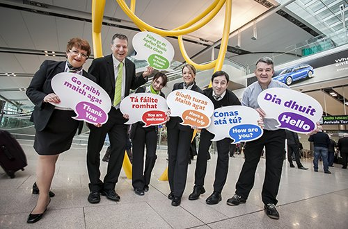 .@DublinAirport Aerfort Bhaile Átha Cliath ag tacú le Seachtain Na Gaeilge