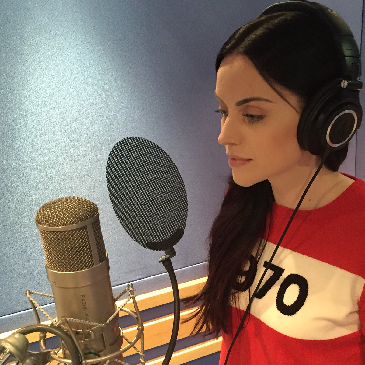 Spending the day with uber talented @Amy__Macdonald at @AbbeyRoad today #amymacdonald