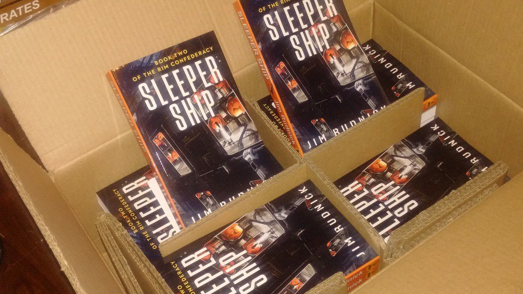 "Well hey #HamOnt looked what just arrived today -my new SciFi book ""Sleeper Ship"" https://t.co/xmVZAlGUk1 https://t.co/Ay6NGguS6A"