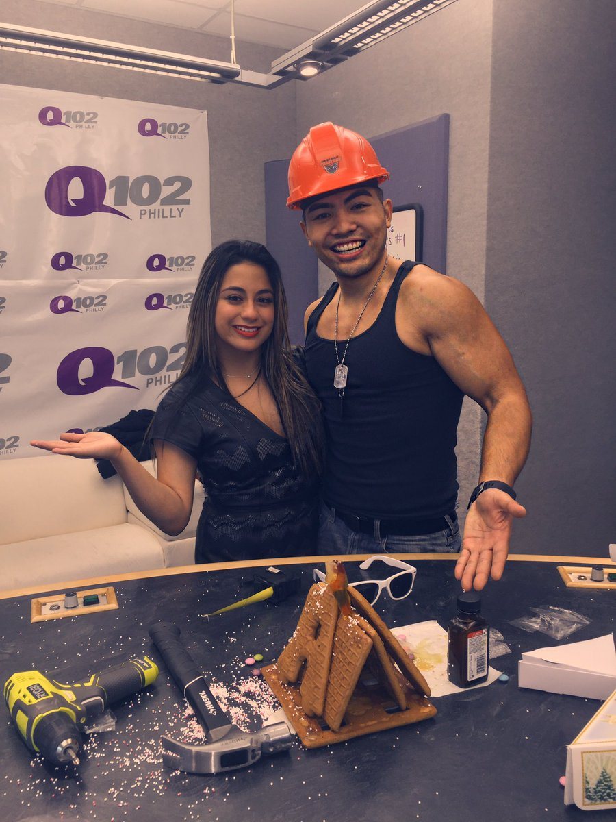 We did some work, work, work, work, work! Built our first house together @AllyBrooke! We hope the #Harmonizers ❤️ it https://t.co/VKywX8dnLq