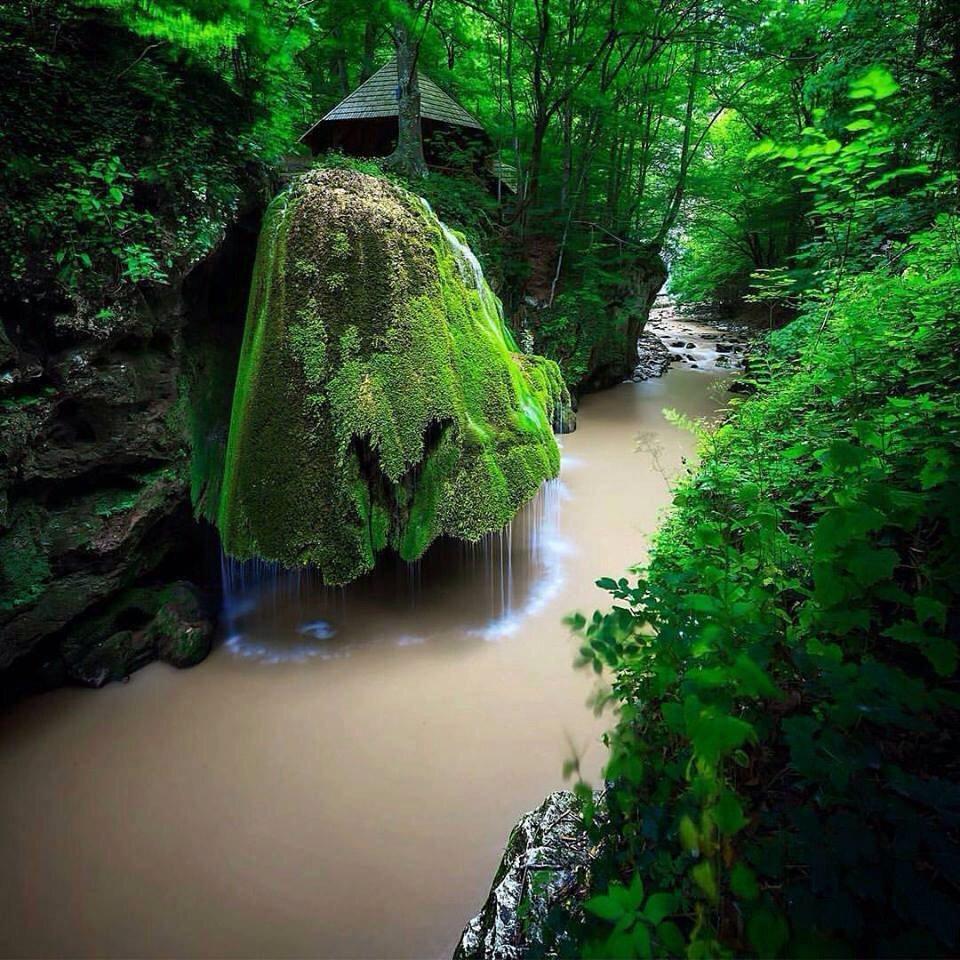 Bigar Waterfall. Romania. https://t.co/Up1l7M40o2