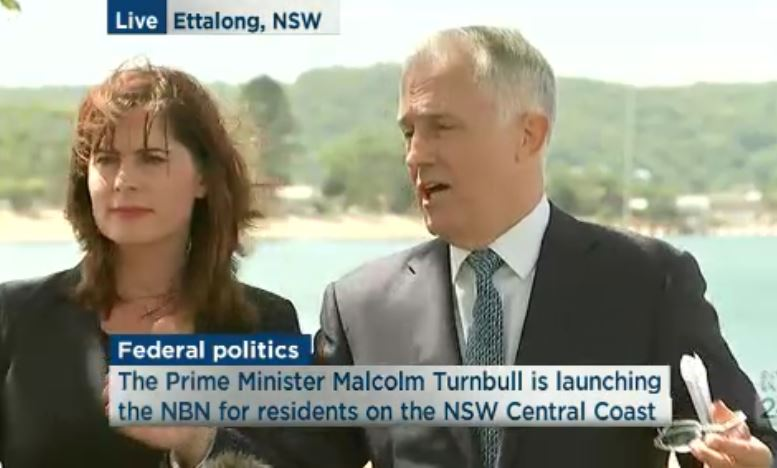 @TurnbullMalcolm finally got some questions about bad NBN experiences, says its probably your router.. #Auspol https://t.co/8EAwzcZwI2