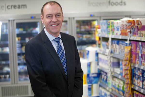Tony Reed will be leaving @Tesco after 38 years https://t.co/yWN3uwq6Kq https://t.co/lSpX78raVw