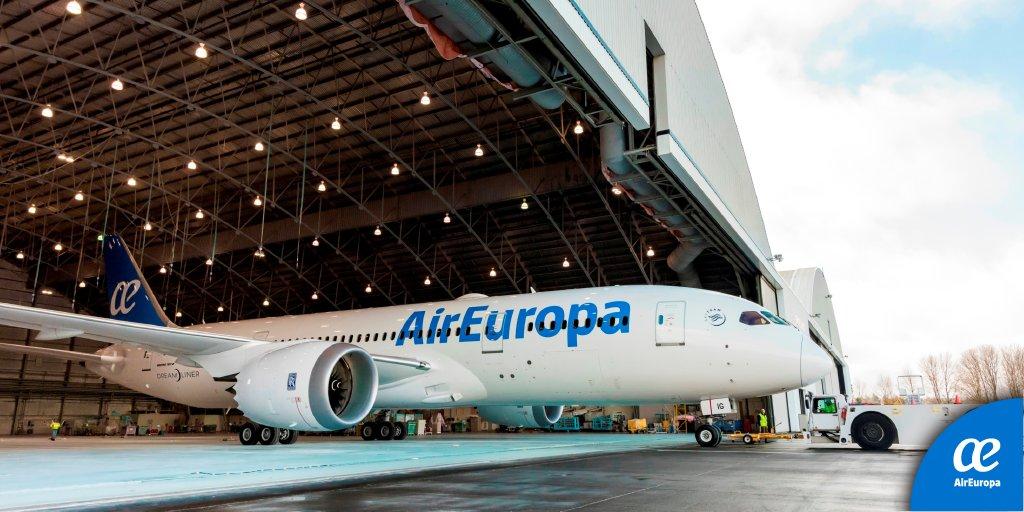 Nuestros sueños (y los vuestros) vuelan a 957 kilómetros por hora en nuestro nuevo #Boeing787