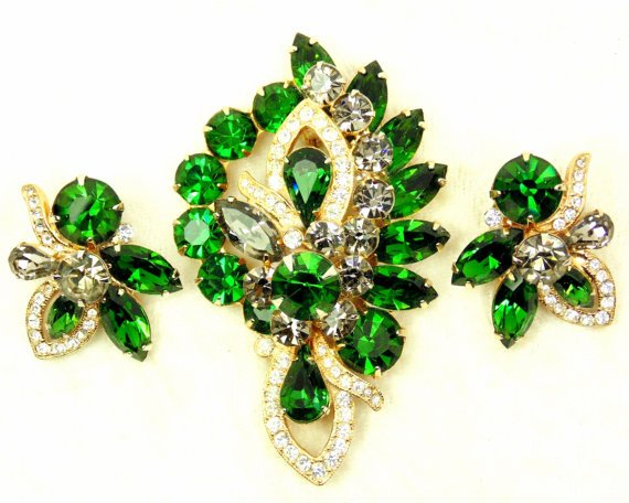 imagelina Vintage and Collectible Jewelry @etsy #vintage #etstate GORGEOUS shop #etsymntt https://t.co/s1qsVPLYwl https://t.co/V8bsqEwYcv