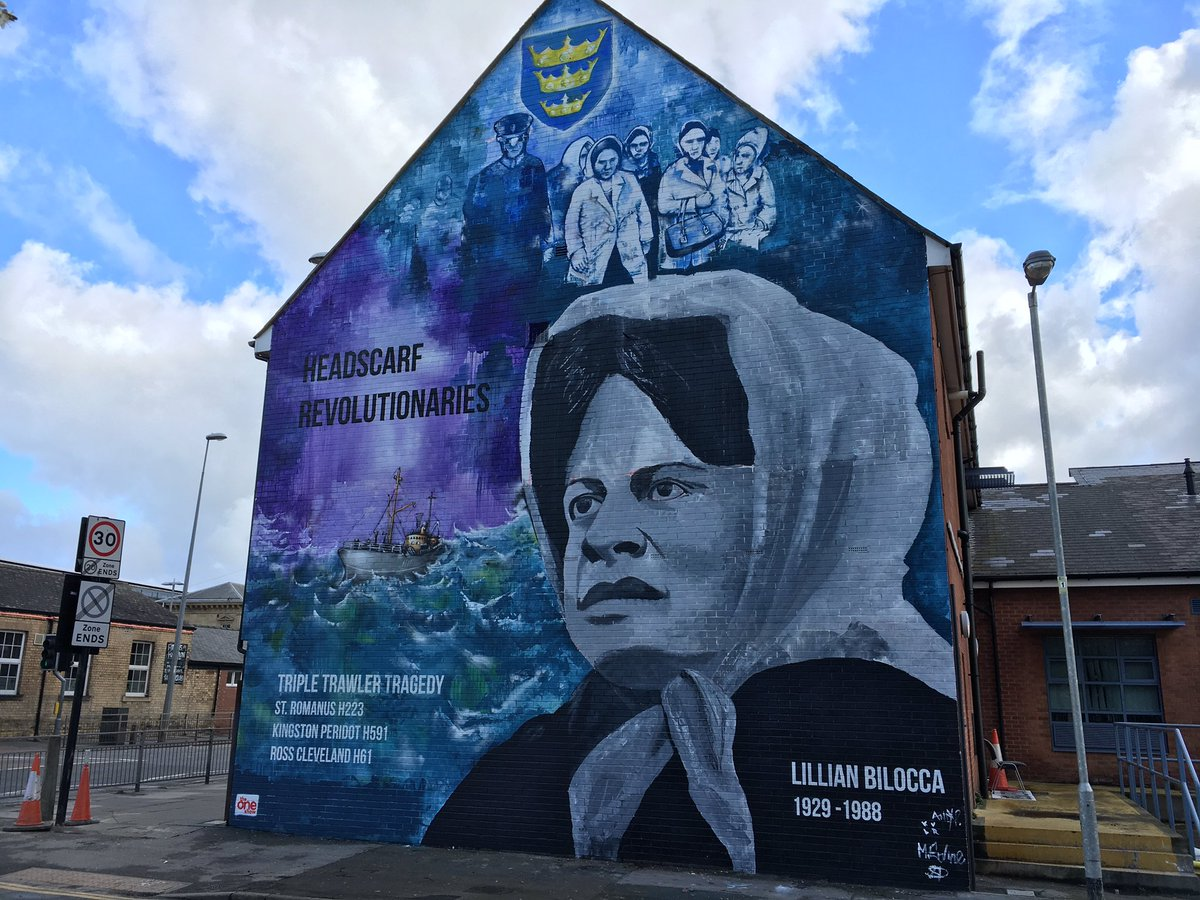 New murial to #Hull 's lost trawlermen, and the lady who led campaign to save lives.  @hulldailymail @kathlavery https://t.co/TDGYPoDJNr