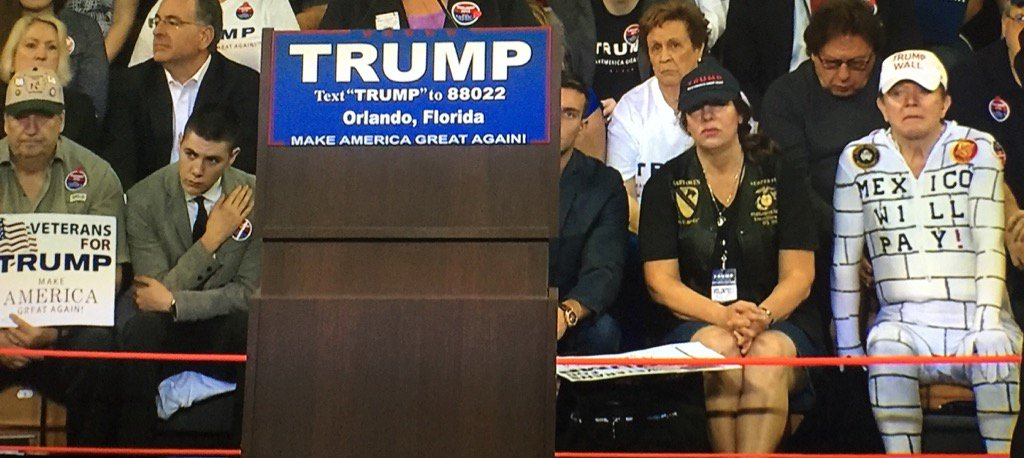 GUYS. Trump's wall has shown up at the rally. https://t.co/I946gzd6O6
